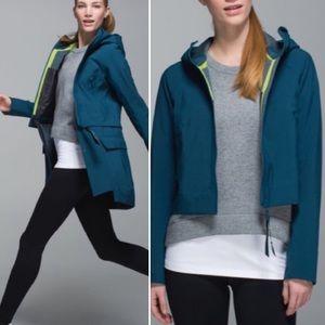 NWOT Rare Lululemon Rain Or Shine Jacket